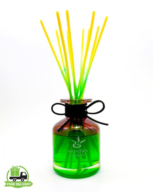 Aromatherapy diffuser : Smell lemongrass with reed diffuser